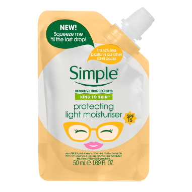 Simple Protecting Light Moisturiser SPF  Pouch